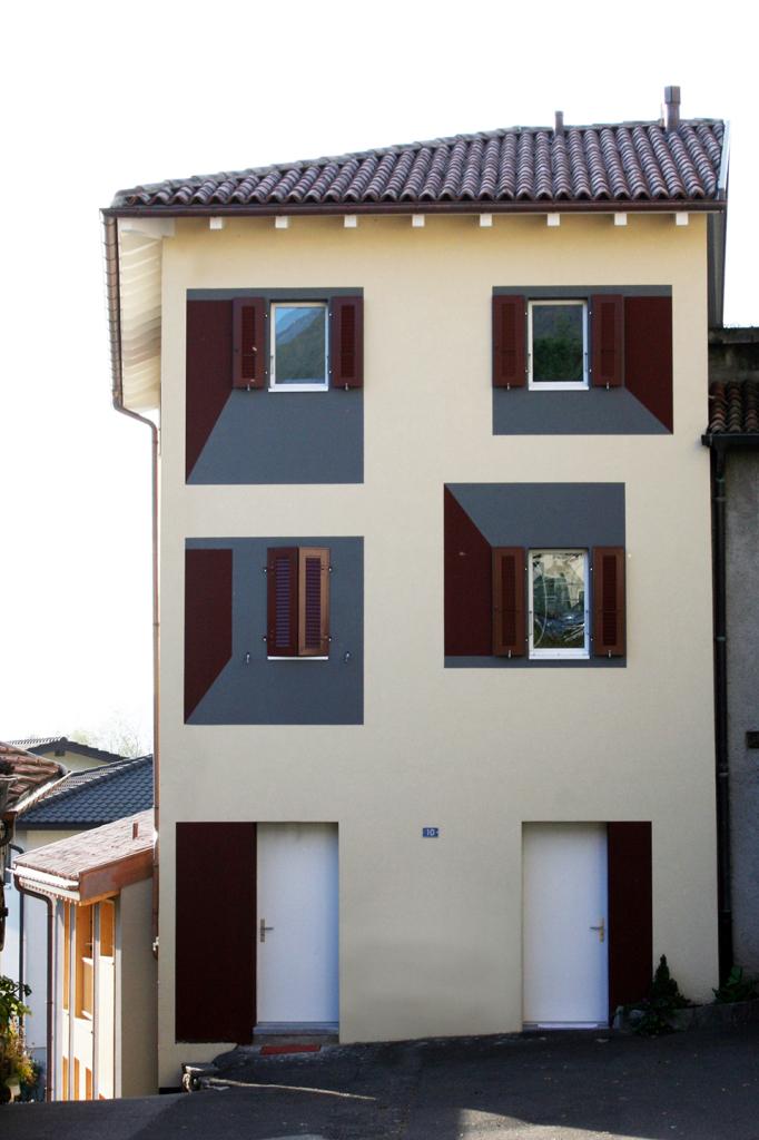 Facciata casa colonica